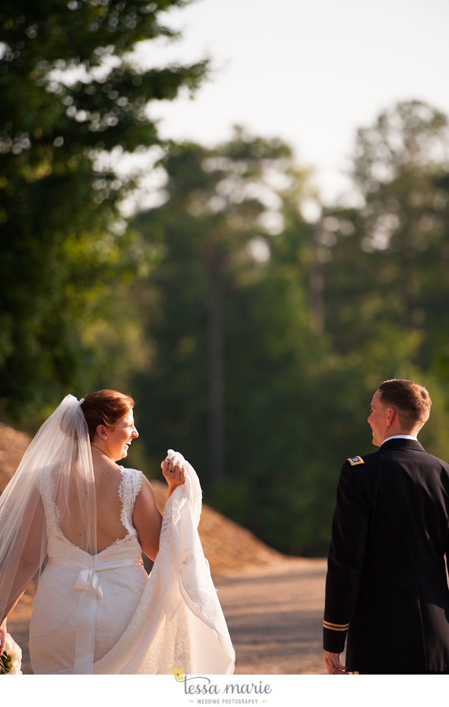 foxhall_wedding_outdoor_summer_red_white_blue_wedding_pictures_tessa_marie_weddings_0091