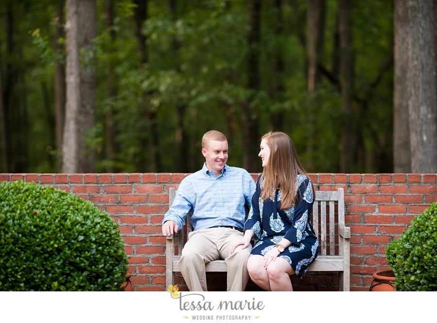 south_atlanta_engagement_session_country_field_plantation_home_0004