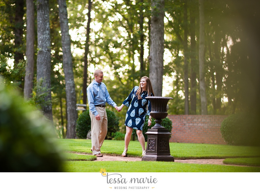 south_atlanta_engagement_session_country_field_plantation_home_0009