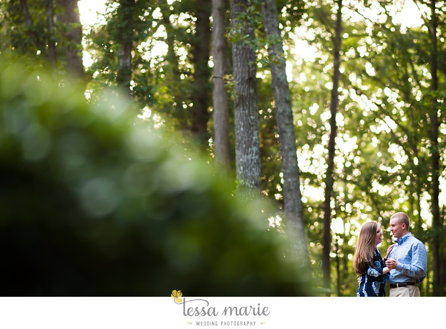 south_atlanta_engagement_session_country_field_plantation_home_0010