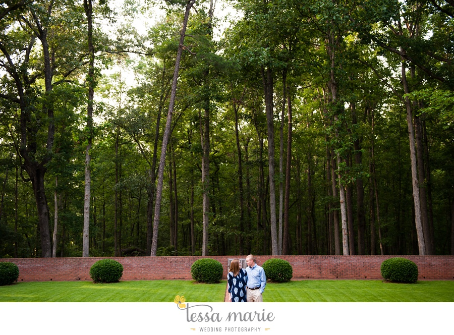 south_atlanta_engagement_session_country_field_plantation_home_0012