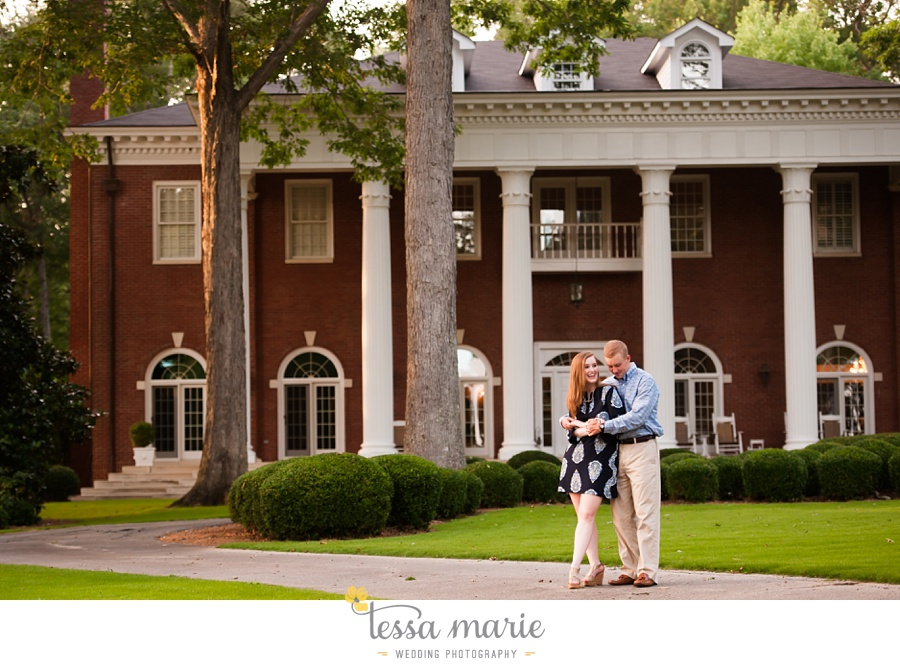 south_atlanta_engagement_session_country_field_plantation_home_0023