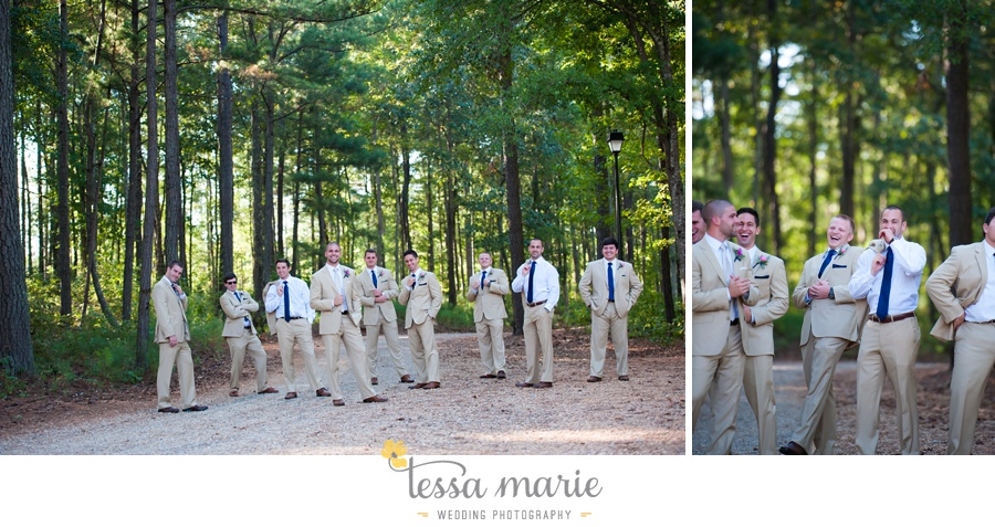 209_foxhall_wedding_outdoor_fall_wedding_andy_beach_hi_note_a_divine_event_tessa_marie_weddings_photography_wedding_pictures