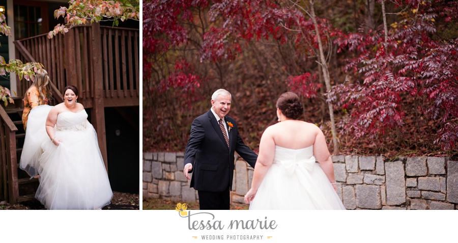 young_harris_wedding_outdoor_mountain_fall_wedding_Brasstown_valley_resort_wedding_pictures_0015