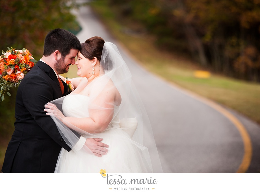 young_harris_wedding_outdoor_mountain_fall_wedding_Brasstown_valley_resort_wedding_pictures_0032