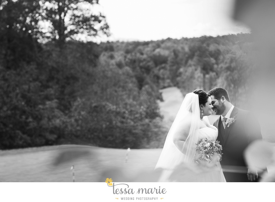 young_harris_wedding_outdoor_mountain_fall_wedding_Brasstown_valley_resort_wedding_pictures_0036
