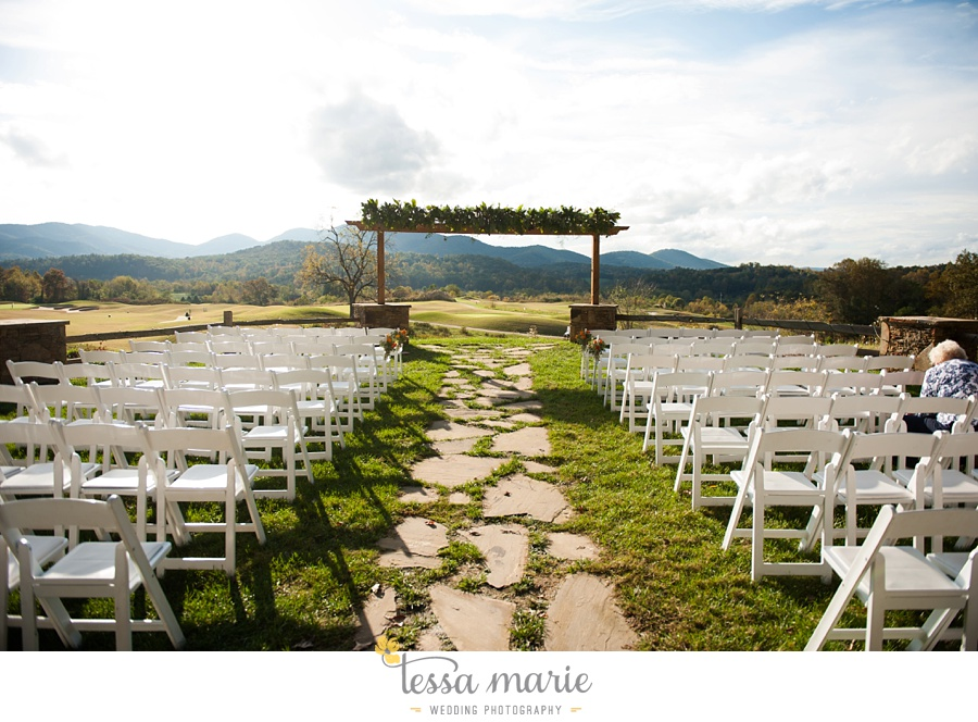 young_harris_wedding_outdoor_mountain_fall_wedding_Brasstown_valley_resort_wedding_pictures_0045