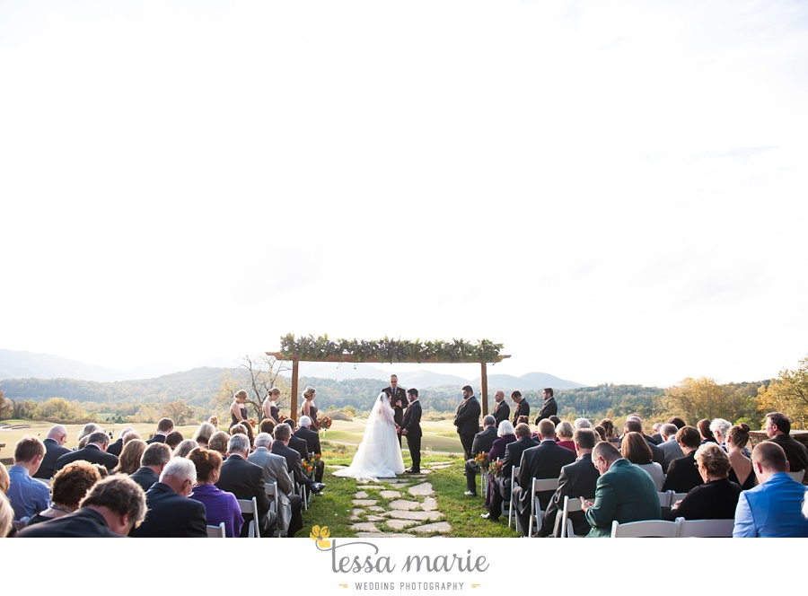 young_harris_wedding_outdoor_mountain_fall_wedding_Brasstown_valley_resort_wedding_pictures_0049