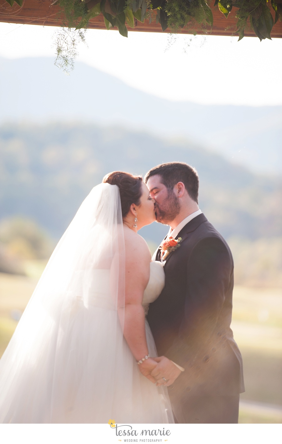 young_harris_wedding_outdoor_mountain_fall_wedding_Brasstown_valley_resort_wedding_pictures_0057