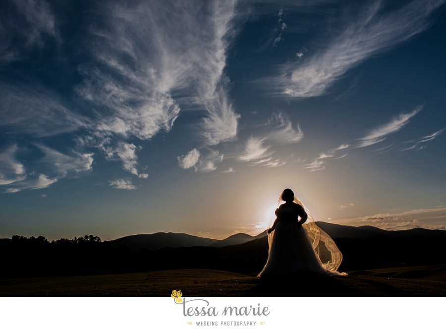 young_harris_wedding_outdoor_mountain_fall_wedding_Brasstown_valley_resort_wedding_pictures_0060