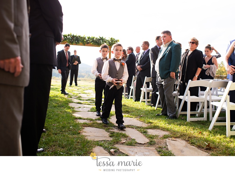 young_harris_wedding_outdoor_mountain_fall_wedding_Brasstown_valley_resort_wedding_pictures_0064