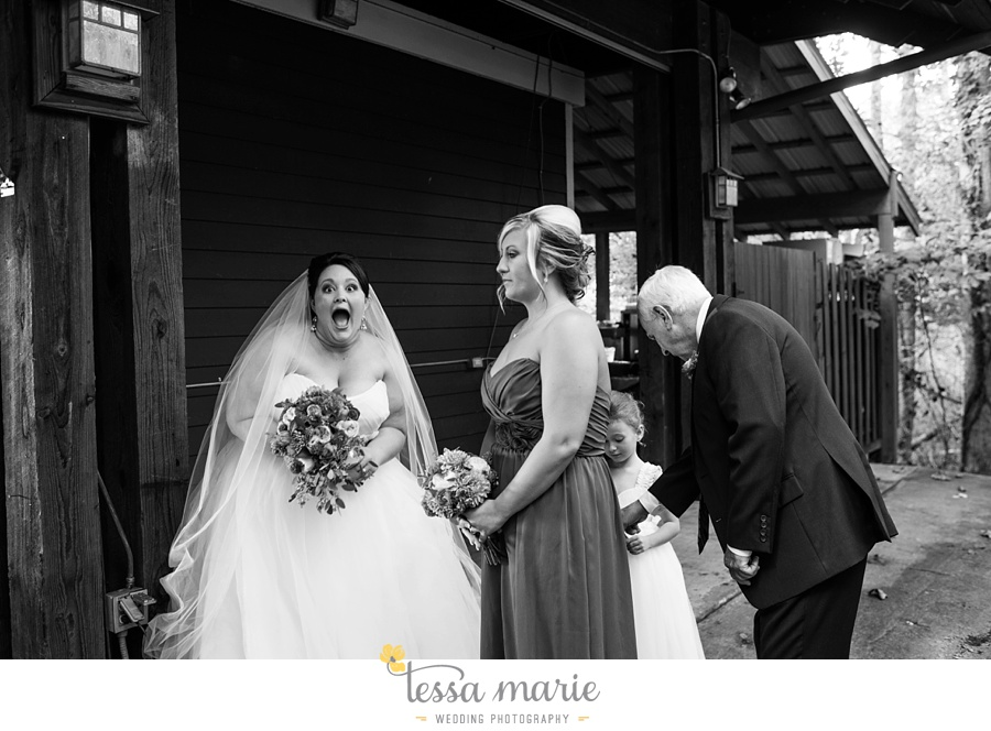 young_harris_wedding_outdoor_mountain_fall_wedding_Brasstown_valley_resort_wedding_pictures_0065