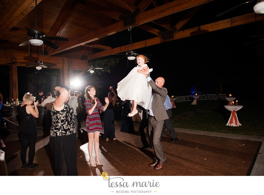 young_harris_wedding_outdoor_mountain_fall_wedding_Brasstown_valley_resort_wedding_pictures_0103