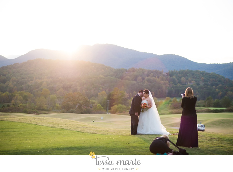young_harris_wedding_outdoor_mountain_fall_wedding_Brasstown_valley_resort_wedding_pictures_0109