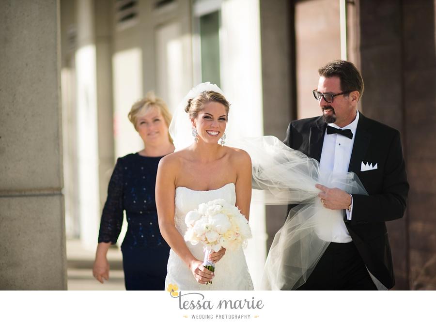 147_tessa_marie_weddings_emotional_moments_photography_king_low_wedding_sam_neil_best_atlanta_wedding_photographer