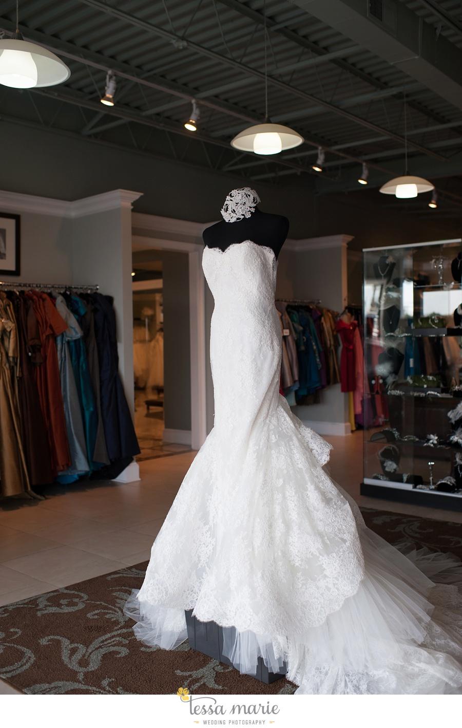 2_sweet elegance bridal tessa marie weddings