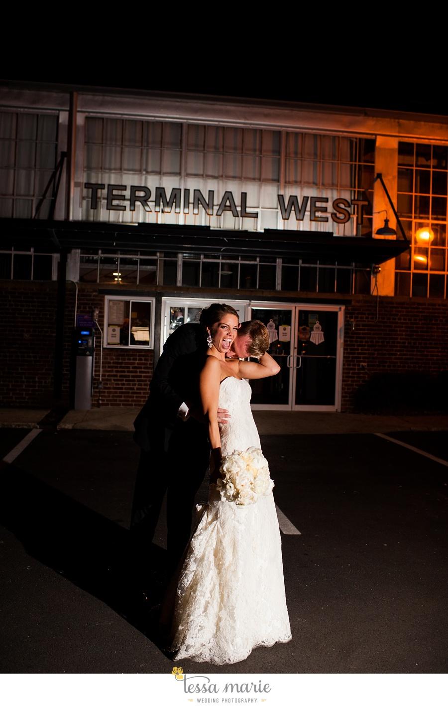 358_tessa_marie_weddings_emotional_moments_photography_king_low_wedding_sam_neil_best_atlanta_wedding_photographer