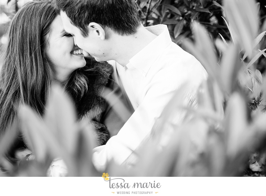 35_emily_chris_esession