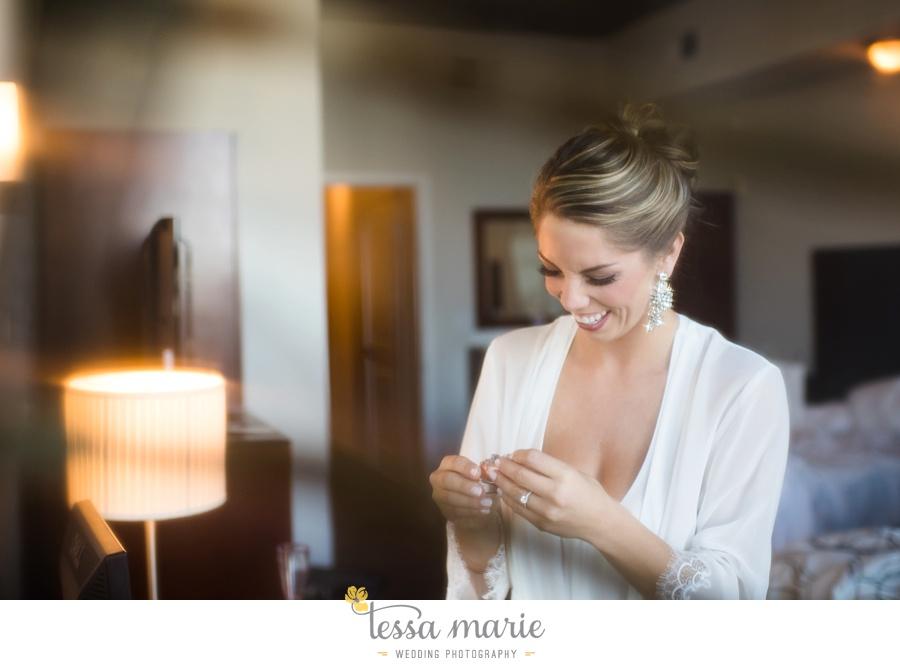 36_tessa_marie_weddings_emotional_moments_photography_king_low_wedding_sam_neil_best_atlanta_wedding_photographer