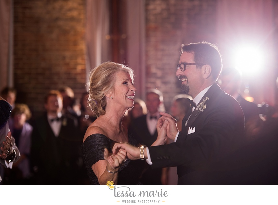 393_tessa_marie_weddings_emotional_moments_photography_king_low_wedding_sam_neil_best_atlanta_wedding_photographer