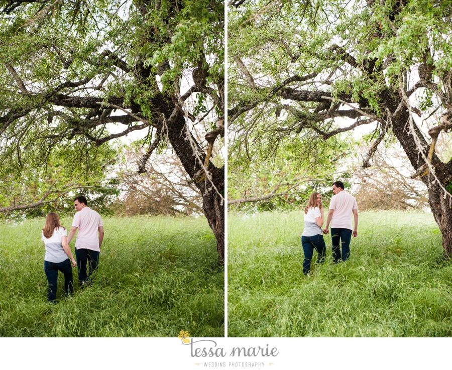 Brenham_texas_engagement_pictures_destination_wedding_photographer-0009