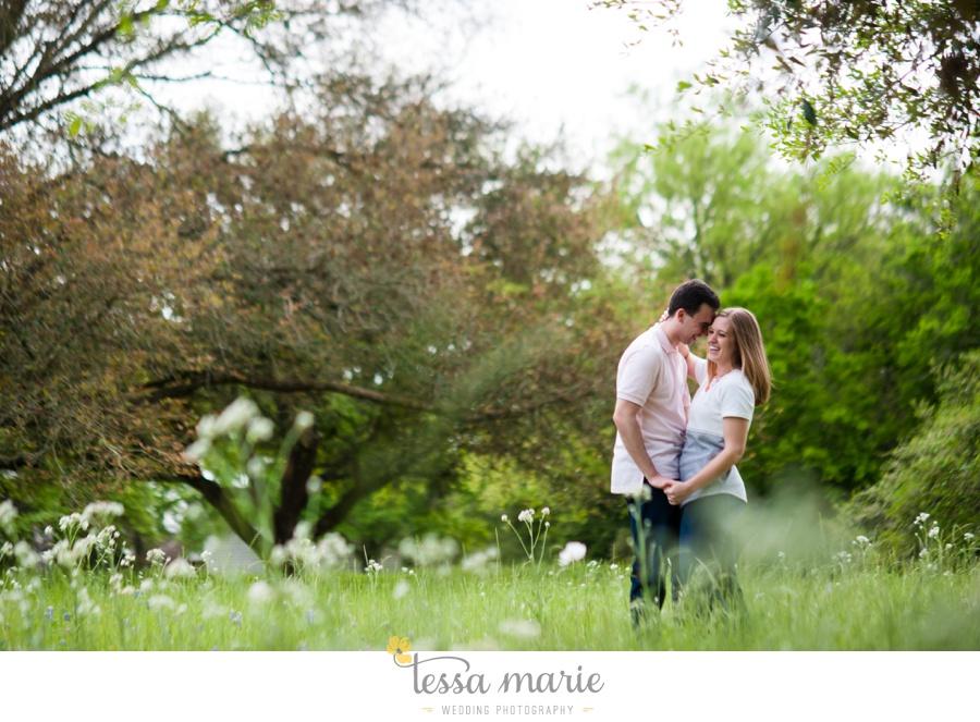 Brenham_texas_engagement_pictures_destination_wedding_photographer-0030