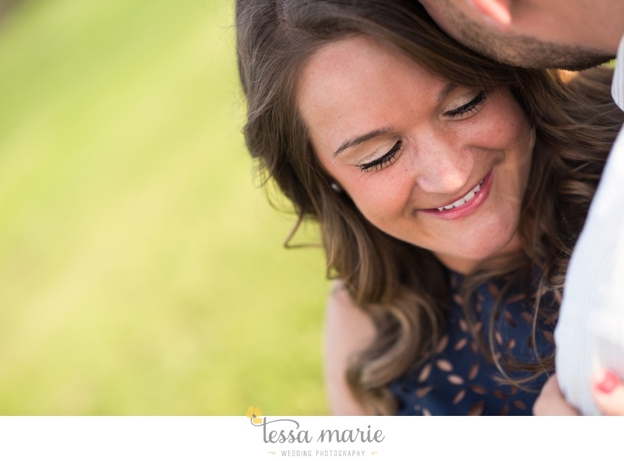 sweet_meadow_farm_engagement_pictures-0002-2