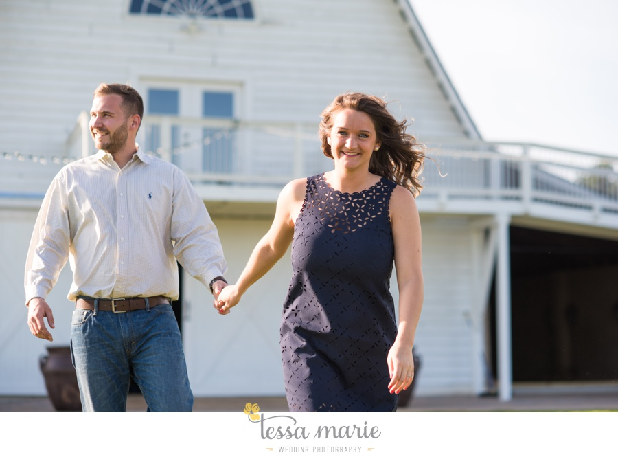 sweet_meadow_farm_engagement_pictures-0002