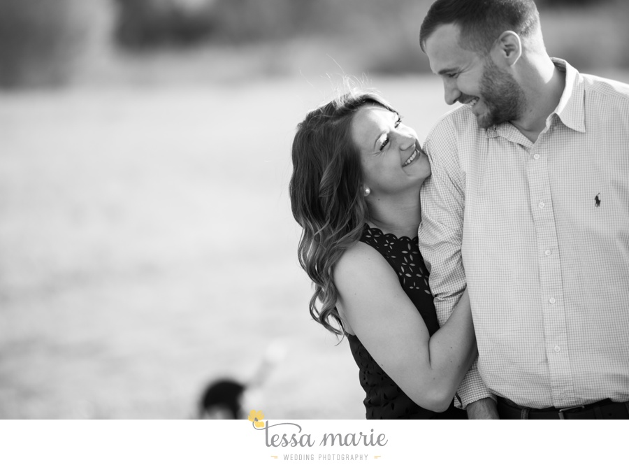 sweet_meadow_farm_engagement_pictures-0006