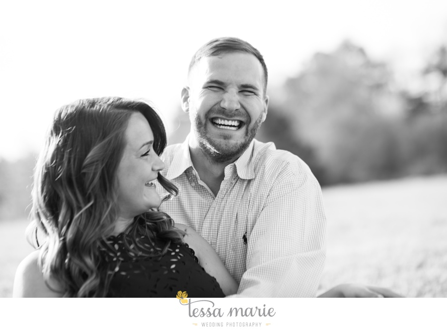 sweet_meadow_farm_engagement_pictures-0012