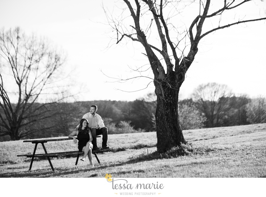 sweet_meadow_farm_engagement_pictures-0020