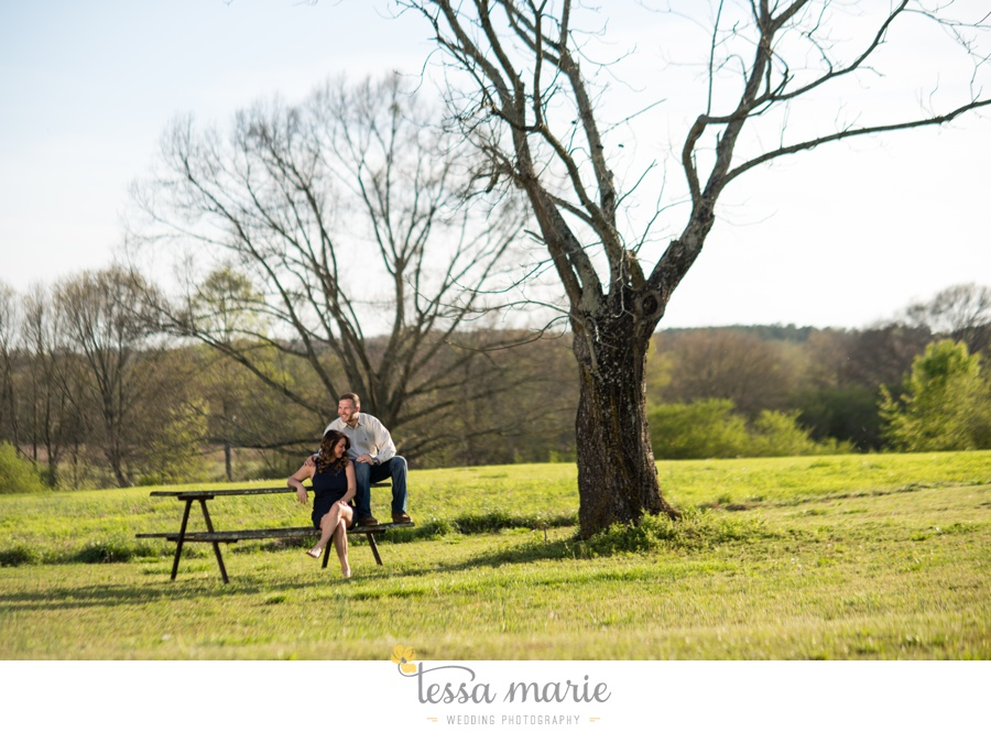 sweet_meadow_farm_engagement_pictures-0021