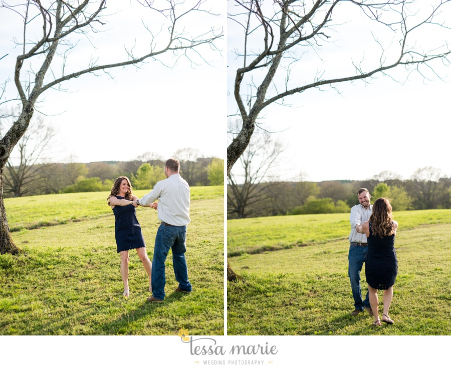 sweet_meadow_farm_engagement_pictures-0028
