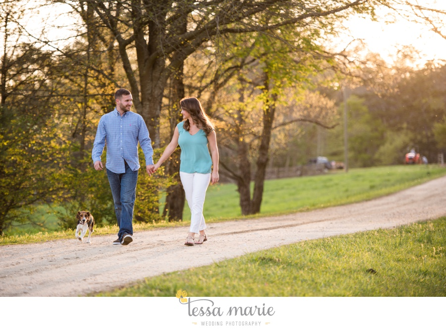 sweet_meadow_farm_engagement_pictures-0070