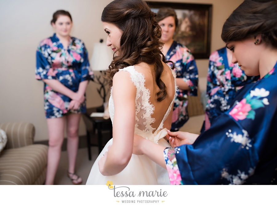 indigo_falls_wedding_pictures_tessa_marie_Weddings_atlantas_finest_catering_Wedding_Angels_honeymoon_bakery_0019