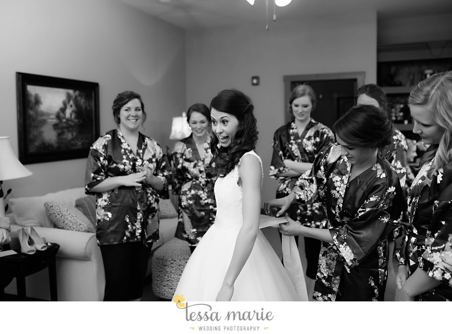 indigo_falls_wedding_pictures_tessa_marie_Weddings_atlantas_finest_catering_Wedding_Angels_honeymoon_bakery_0095