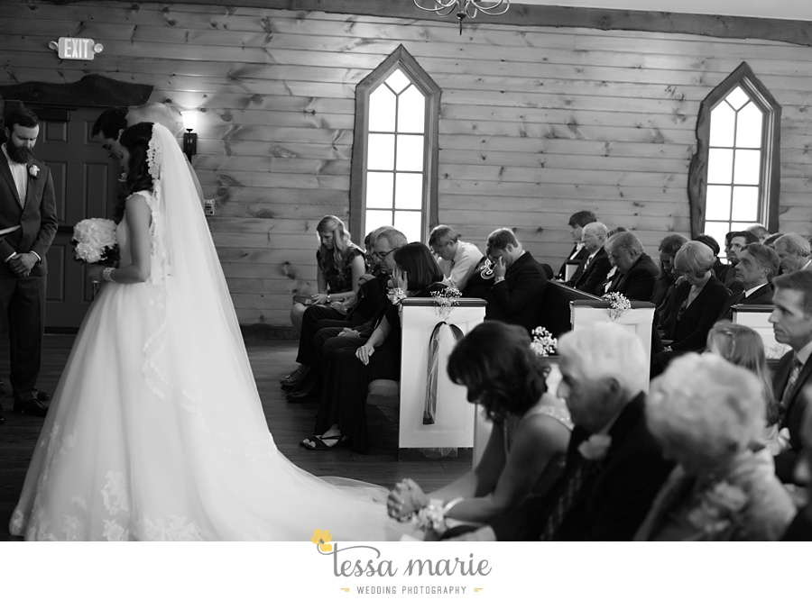 indigo_falls_wedding_pictures_tessa_marie_Weddings_atlantas_finest_catering_Wedding_Angels_honeymoon_bakery_0163