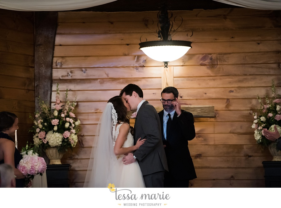 indigo_falls_wedding_pictures_tessa_marie_Weddings_atlantas_finest_catering_Wedding_Angels_honeymoon_bakery_0166