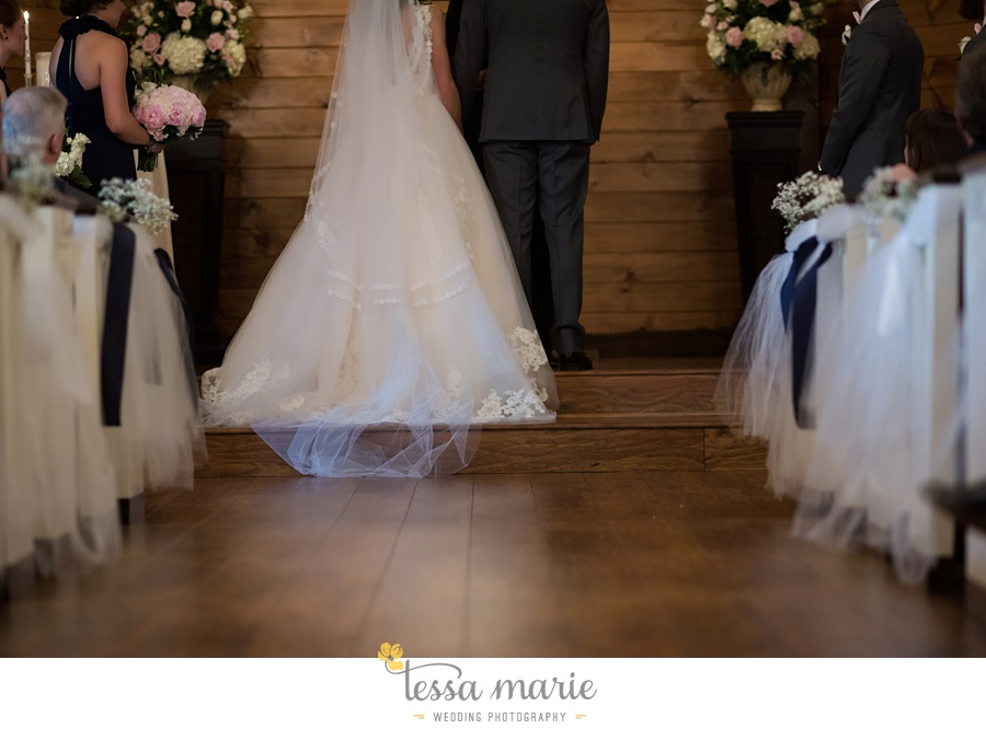 indigo_falls_wedding_pictures_tessa_marie_Weddings_atlantas_finest_catering_Wedding_Angels_honeymoon_bakery_0167