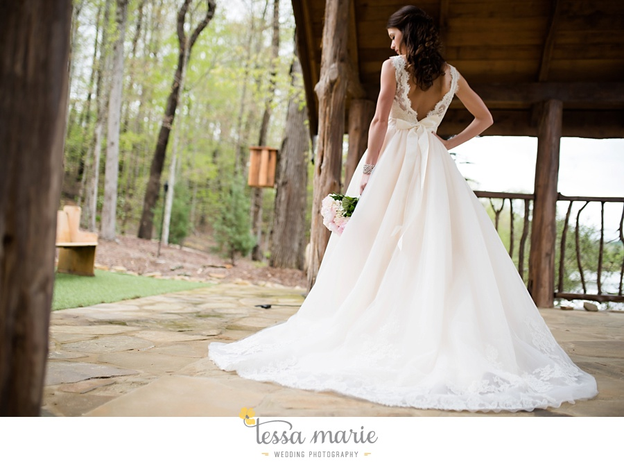 indigo_falls_wedding_pictures_tessa_marie_Weddings_atlantas_finest_catering_Wedding_Angels_honeymoon_bakery_0243