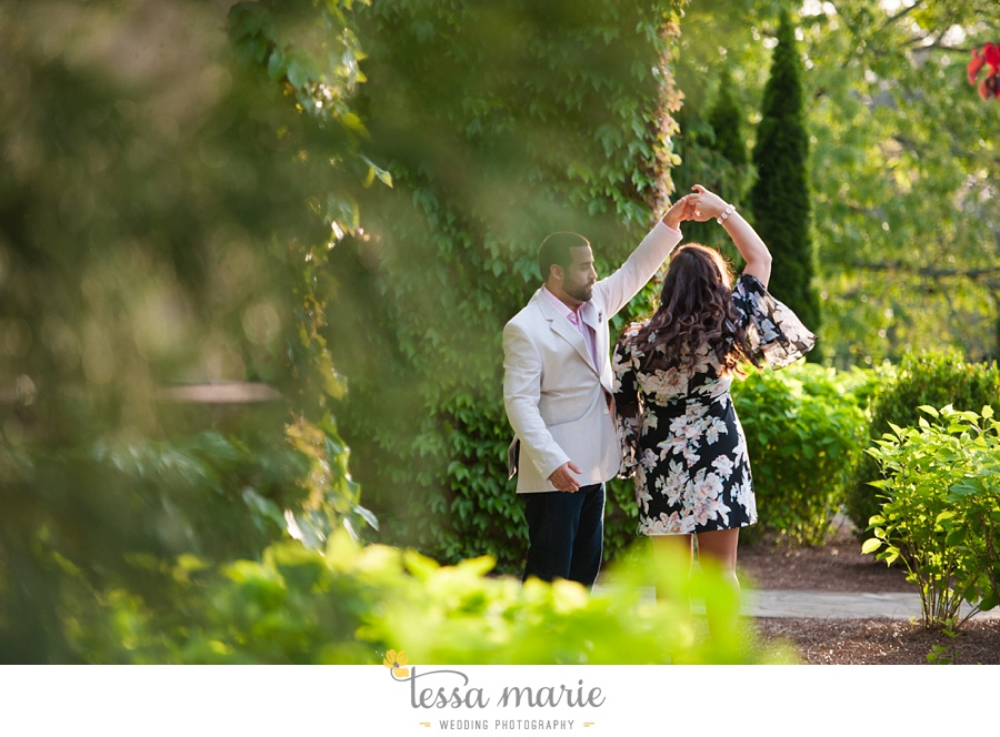 montaluce_engagement_pictures_session_tessa_marie_weddings_0013