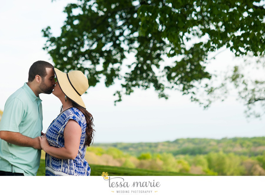 montaluce_engagement_pictures_session_tessa_marie_weddings_0019