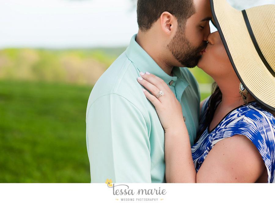 montaluce_engagement_pictures_session_tessa_marie_weddings_0025