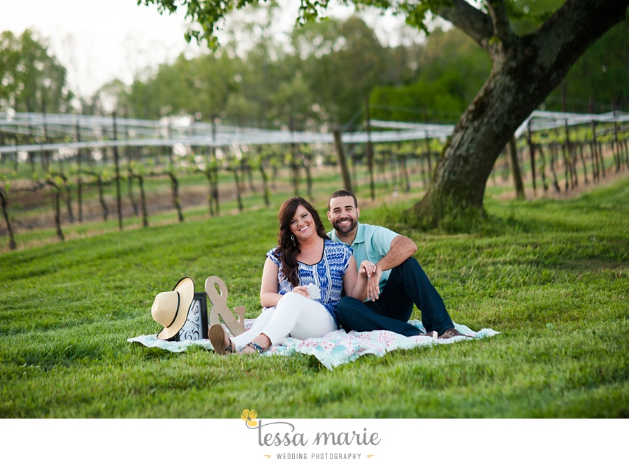 montaluce_engagement_pictures_session_tessa_marie_weddings_0044