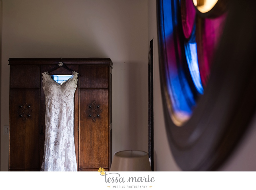 savannah_destination_wedding_photographer_wormsole_elopement_tessa_marie_weddings_essence_of_australia_gown_0025
