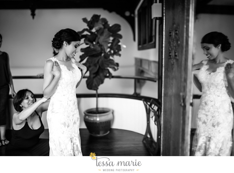 savannah_destination_wedding_photographer_wormsole_elopement_tessa_marie_weddings_essence_of_australia_gown_0028