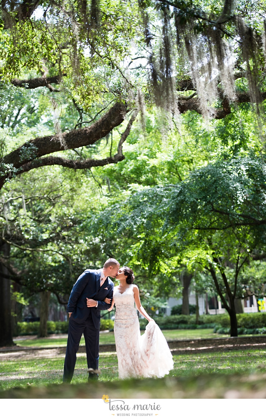 savannah_destination_wedding_photographer_wormsole_elopement_tessa_marie_weddings_essence_of_australia_gown_0051
