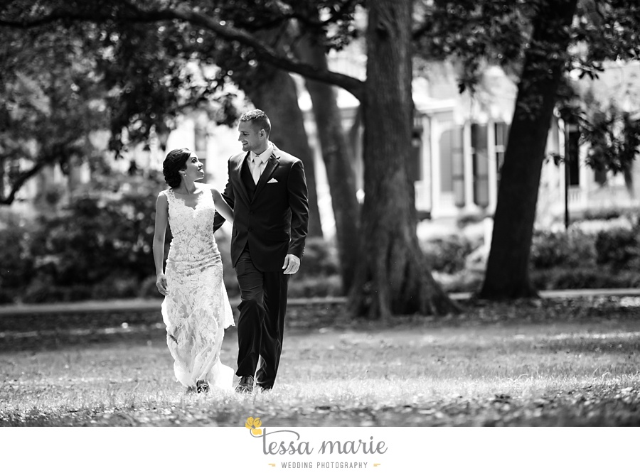 savannah_destination_wedding_photographer_wormsole_elopement_tessa_marie_weddings_essence_of_australia_gown_0052