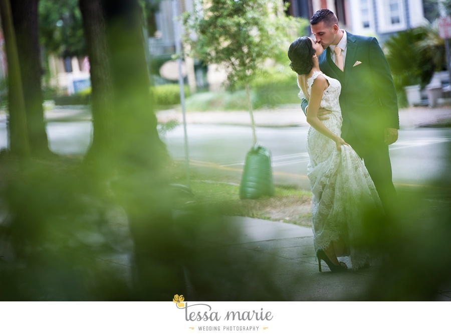 savannah_destination_wedding_photographer_wormsole_elopement_tessa_marie_weddings_essence_of_australia_gown_0057