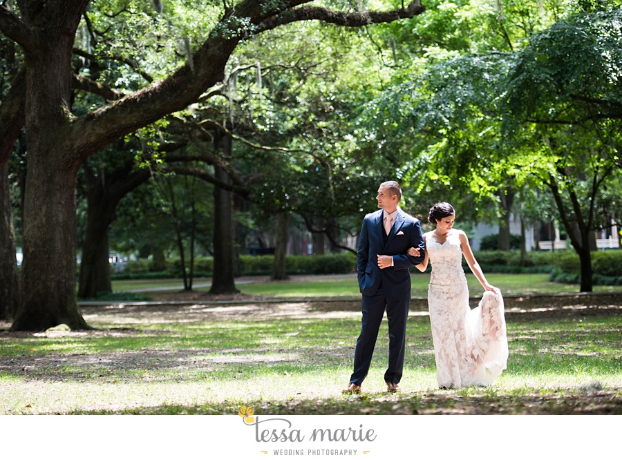 savannah_destination_wedding_photographer_wormsole_elopement_tessa_marie_weddings_essence_of_australia_gown_0069